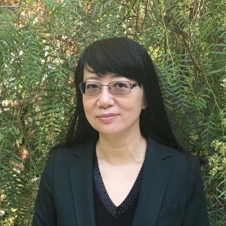 Wei Meng Headshot
