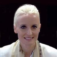 AliDinar Janelle Headshot