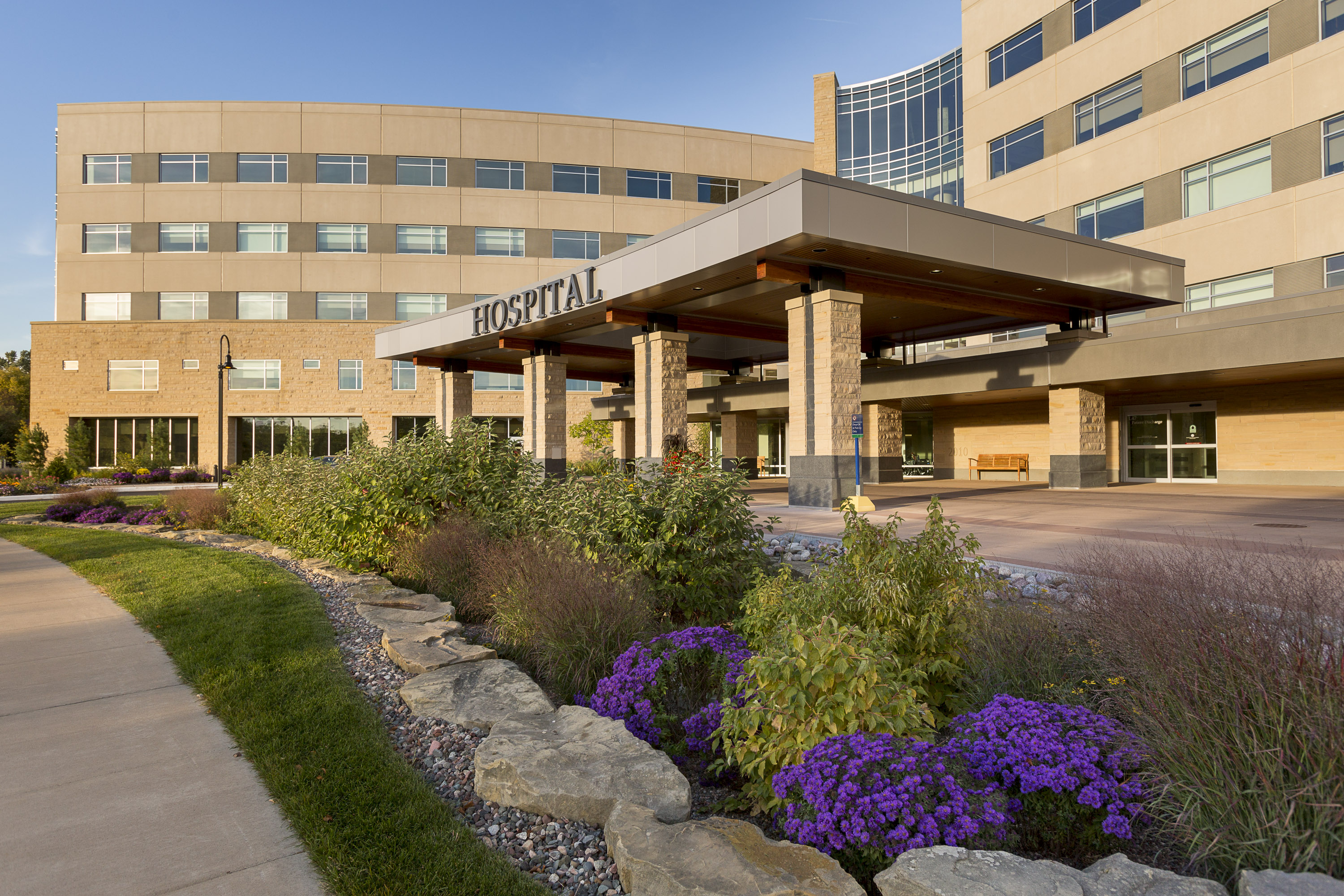 Mayo Health System In Eau Claire Wis 100 Great Community Hospitals 2015