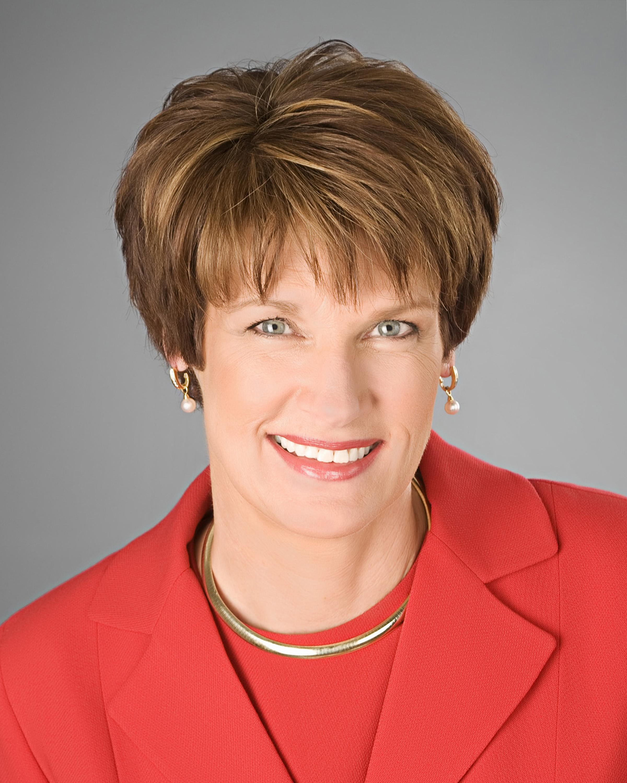 Lynn Nicholas
