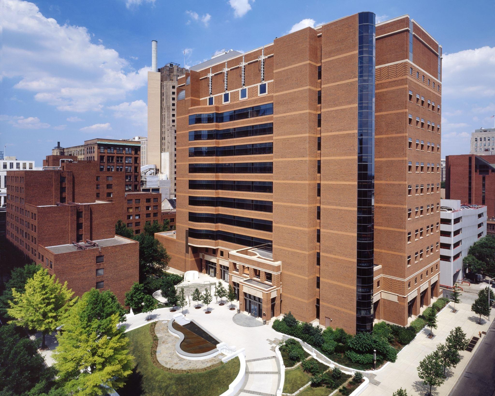 Thomas Jefferson University Ho...